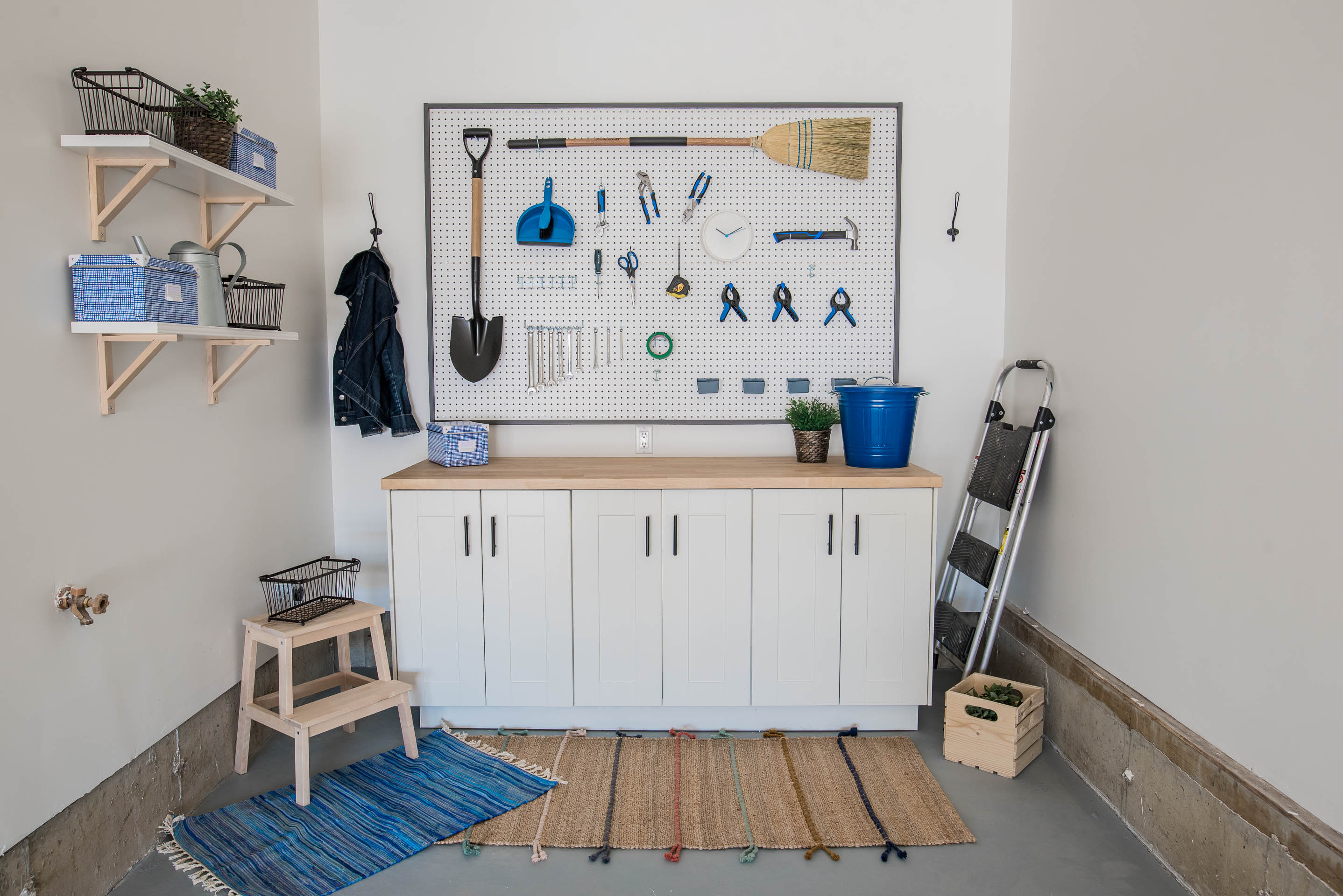 DIY Garage Work Bench and Framed Pegboard Brookfield Robson-10