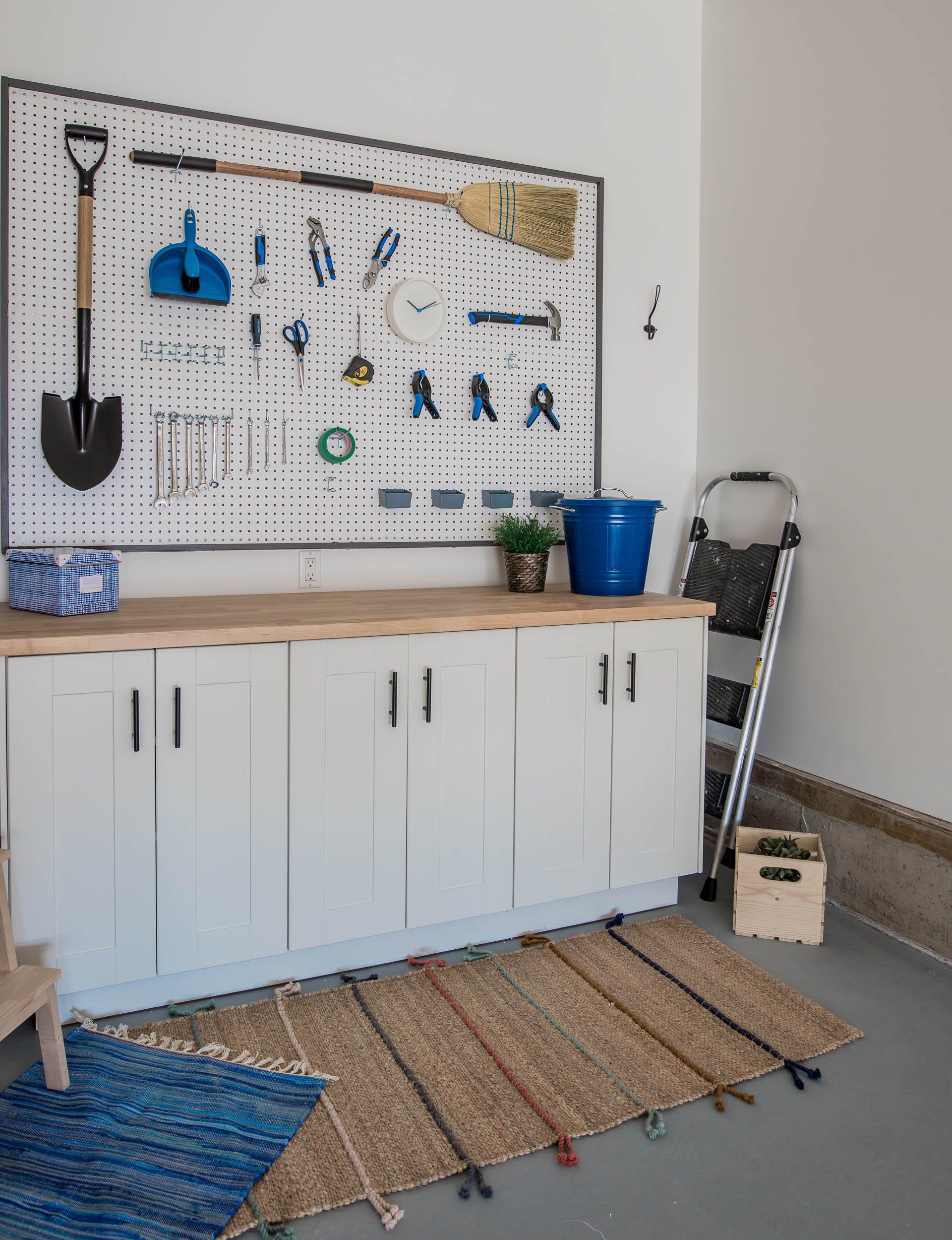 DIY Garage Work Bench and Framed Pegboard Brookfield Robson-13