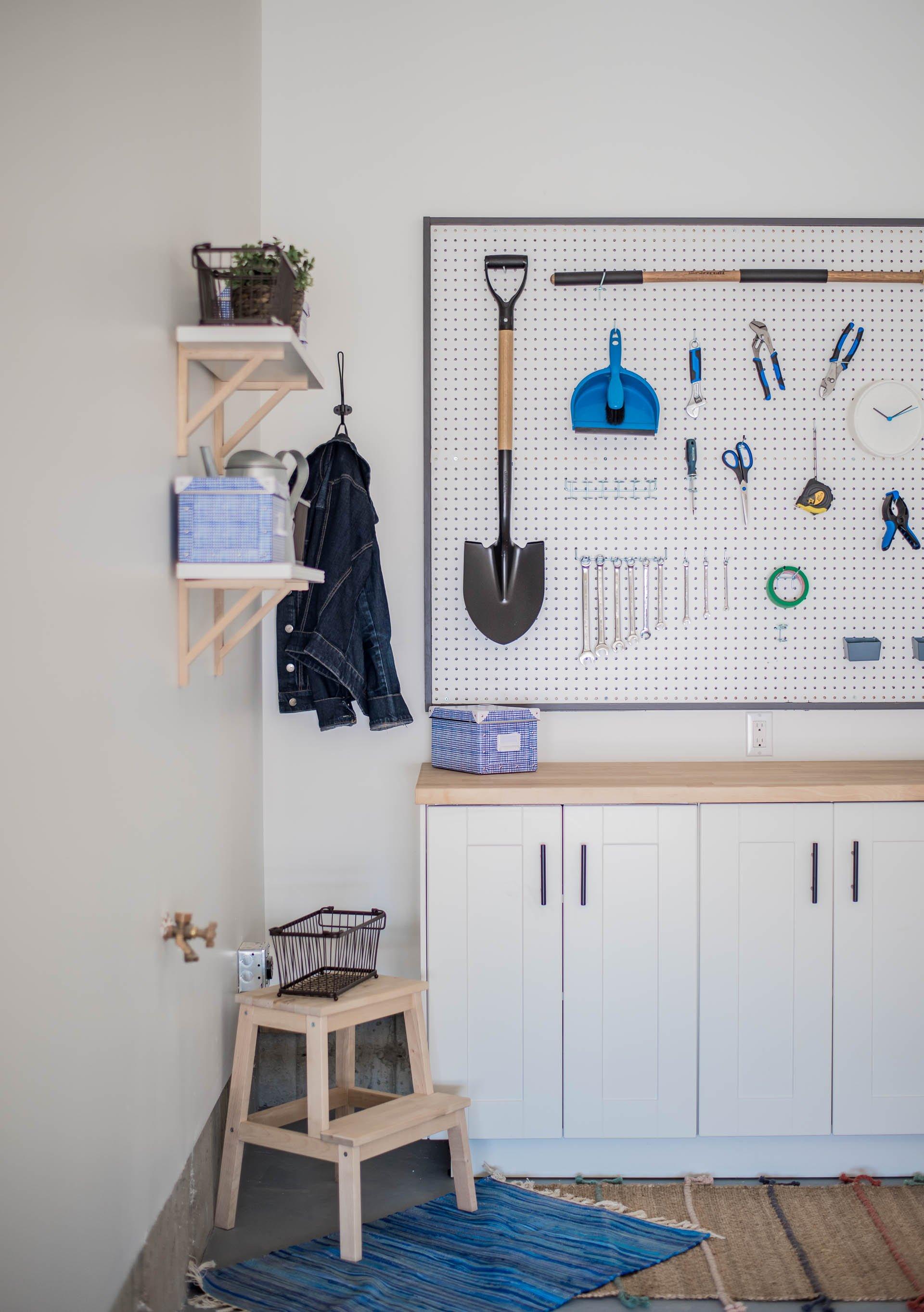 DIY Garage Work Bench and Framed Pegboard Brookfield Robson-26-1